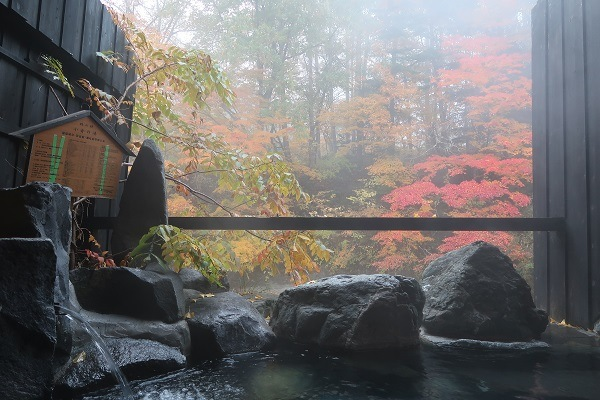 温泉宿 揚羽(平家の庄)の貸切露天風呂