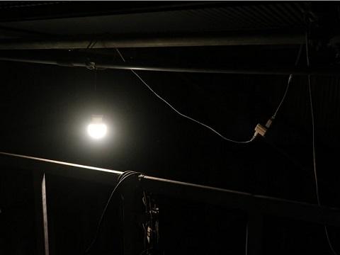 ベランダの電球