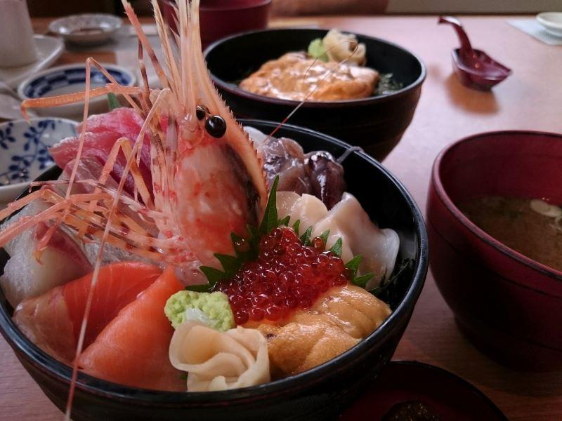 海鮮丼とウニ丼