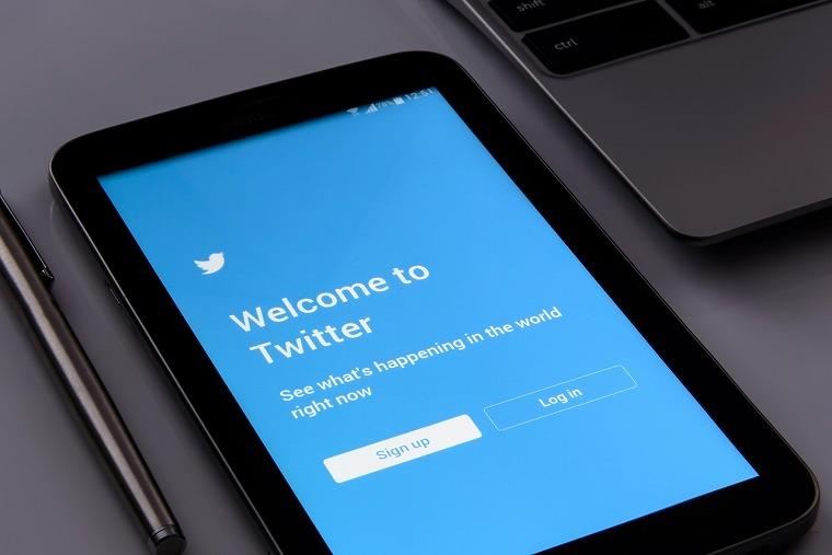 Twitterのフォロー管理はスマホアプリで済ませよう