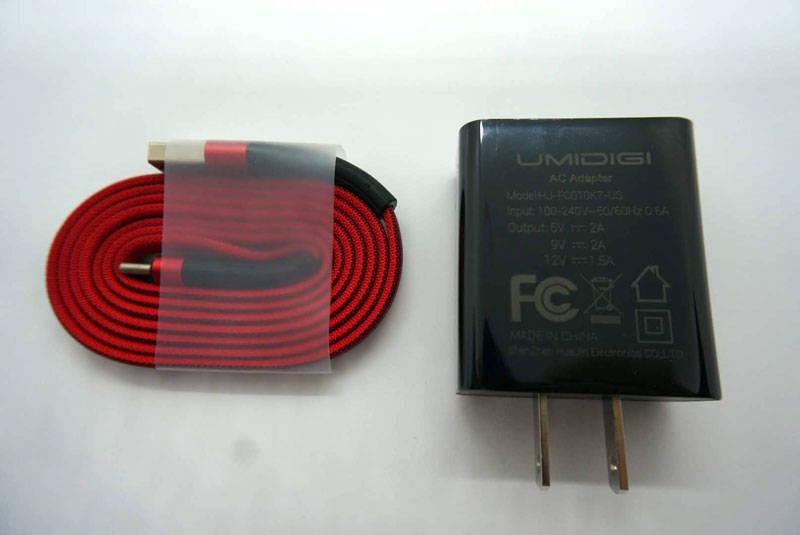 Type-Cケーブルとアダプター