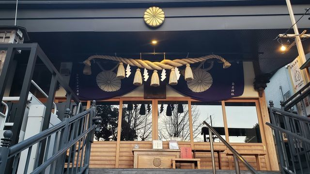菊名神社の拝殿