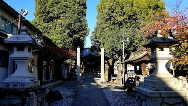 橘樹神社の境内