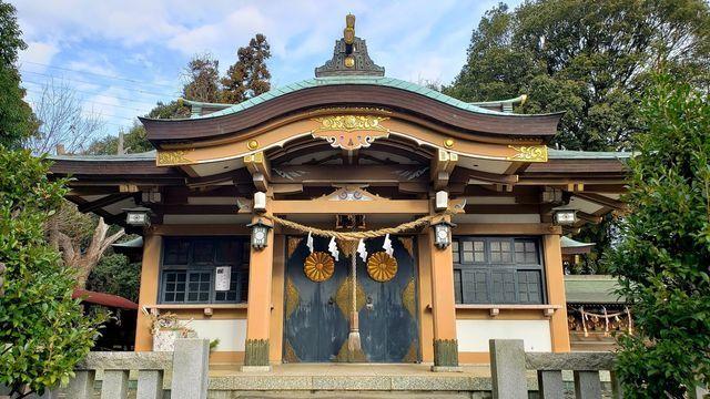 北新羽総鎮守杉山神社の社殿
