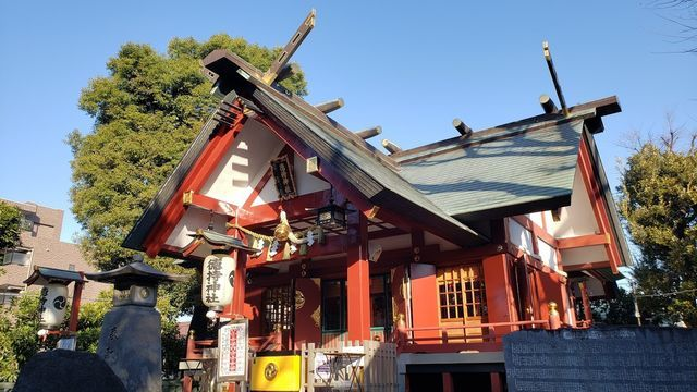 徳持神社の社殿