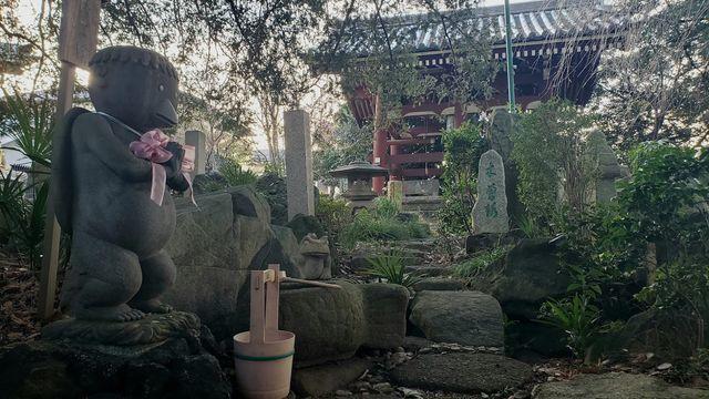 善養密寺のかっぱの石像