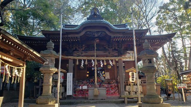座間神社の拝殿