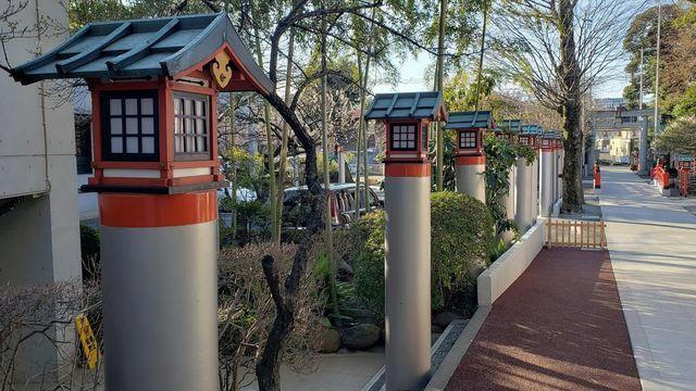 鈴鹿明神社の灯篭