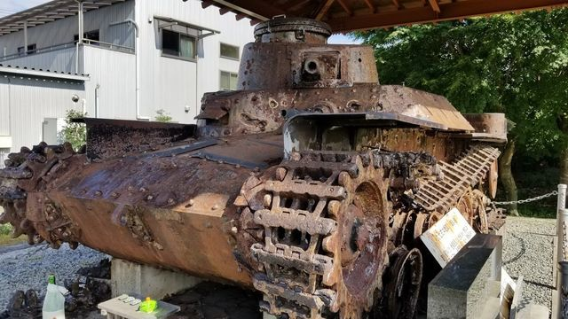 若獅子神社の戦車