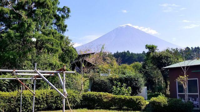 若獅子神社から富士山を望む