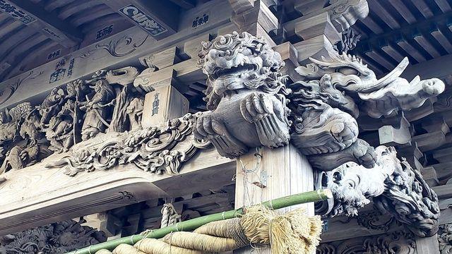 大瀬神社の拝殿