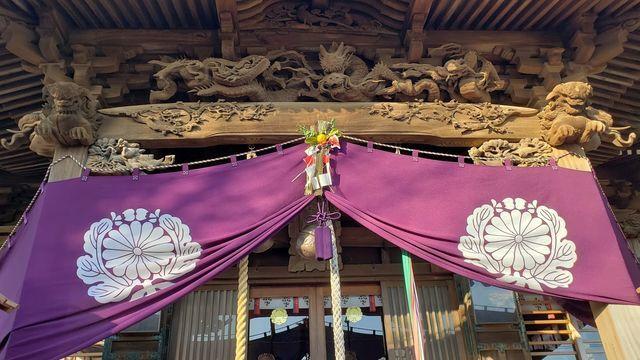 西叶神社の社殿彫刻