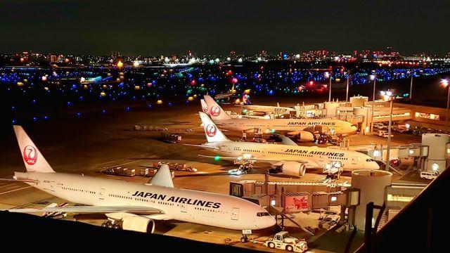 羽田空港の夜景