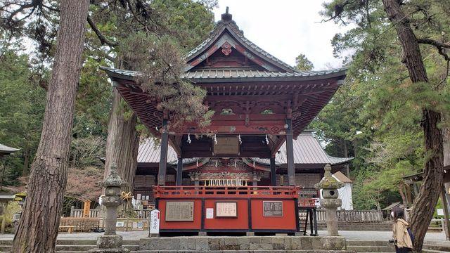 北口本宮浅間神社の神楽殿
