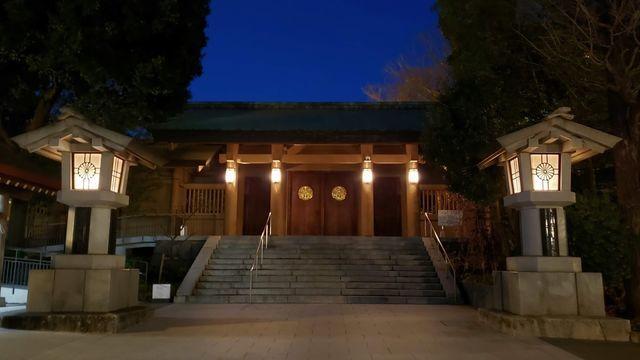 東郷神社夜景