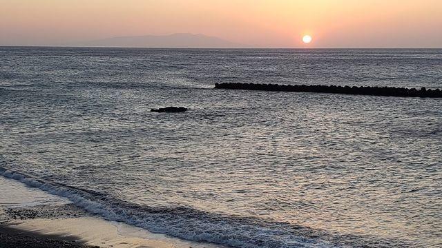 河津浜駐車場付近から日の出を見る