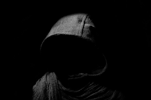 幽霊の色】 夢の中に現れた『黒い人のかたちの霊』 - 物欲子(ぶつよく ...