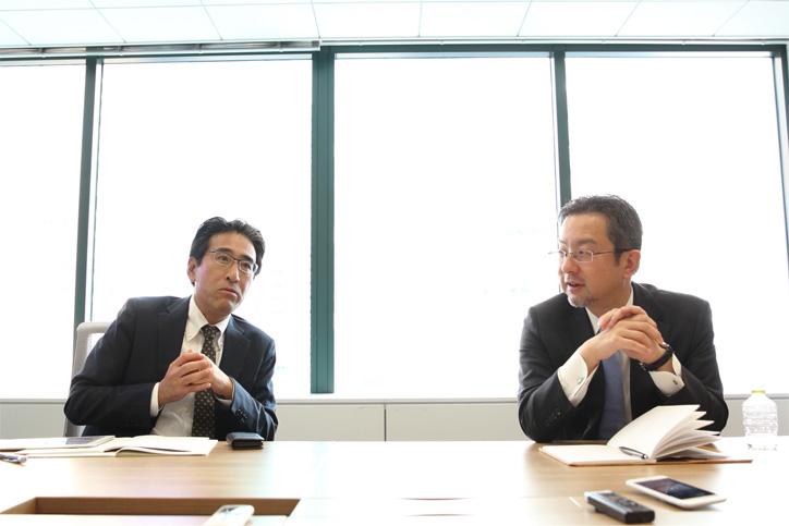 地方創生について対談する太田氏と永田氏