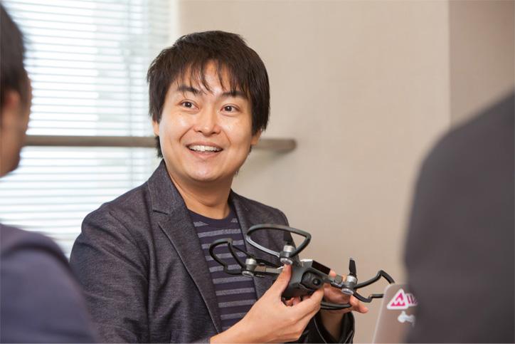 LoRaWANは福岡市が力を入れているドローンビジネスとの相性も良い、と語る千葉氏
