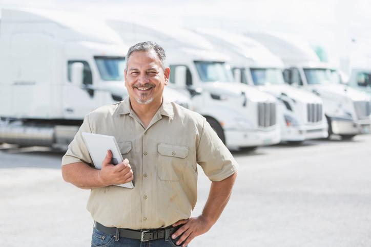 【事例2】テレマティクスによるフリートマネジメントでトラックの労働時間や運行計画を管理