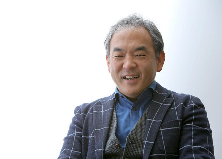 マクドナルドのマーケティング手法について語る足立氏