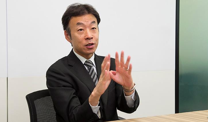 IBMのサポートについて語る山内氏