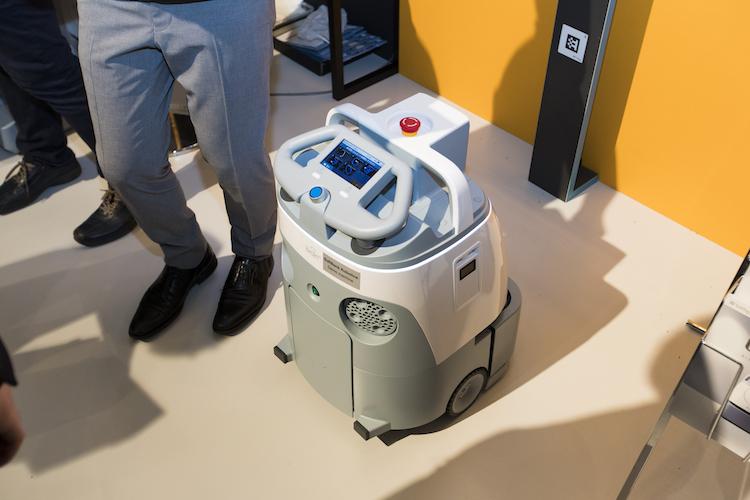 AI清掃ロボット「Whiz」