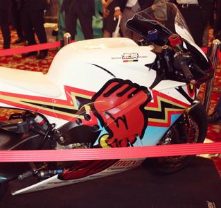 感情調整機能を搭載した電動バイク