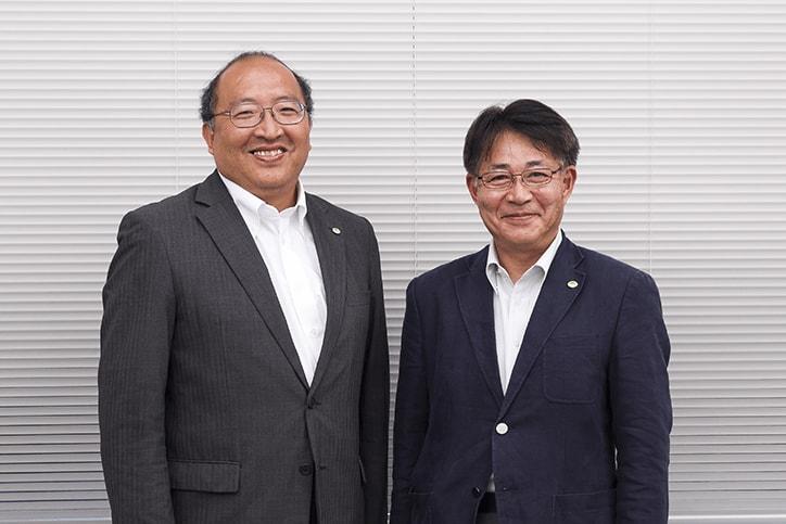 日立システムズ曽谷氏と内村氏