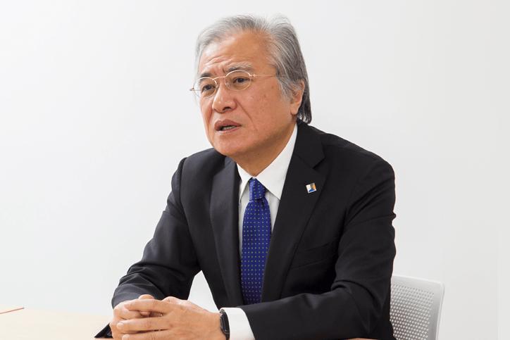 開学したばかりの東洋大学情報連携学部(INIAD)の手応えを語る坂村氏