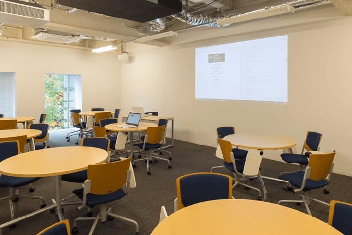 東洋大学情報連携学部(INIAD)キャンパス