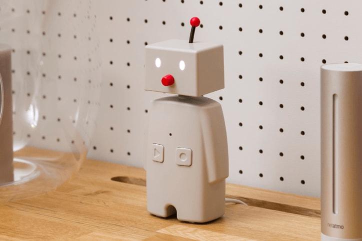 コミュニケーションロボット「BOCCO(ボッコ)」