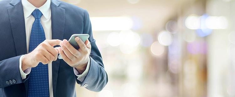 スマートフォン普及率が上昇、求められる企業の変化