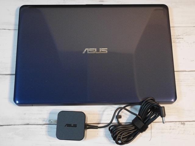 ASUS Vivobook E203M中身