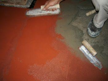 カラークリート仕上げの均し