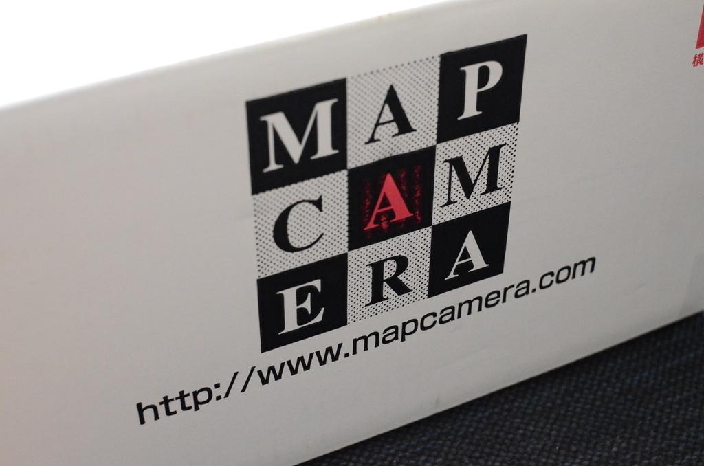 MAP CAMERAのダンボール