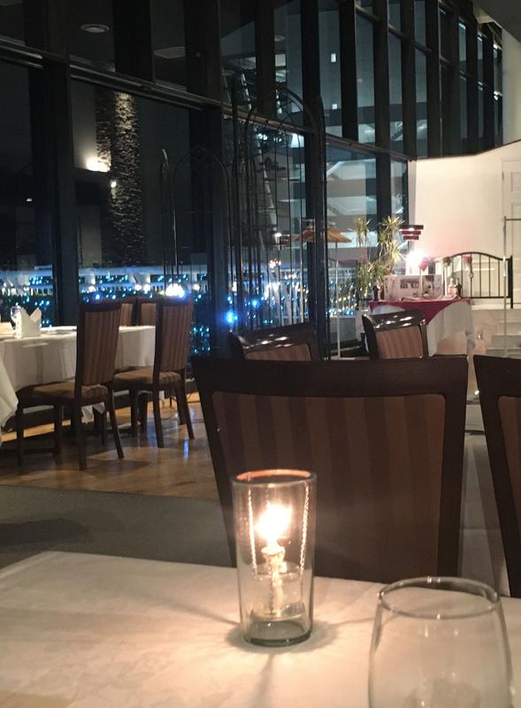 パシフィコ横浜のイタリアンレストラン、アッティモ1