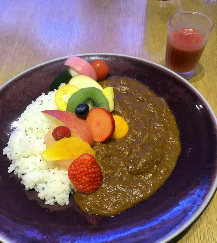 K.minamoto カフェ カレー