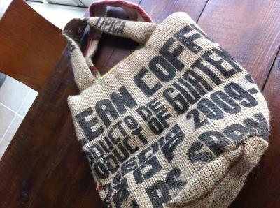 f:id:cafe-azito:20111221101026j:image:h200