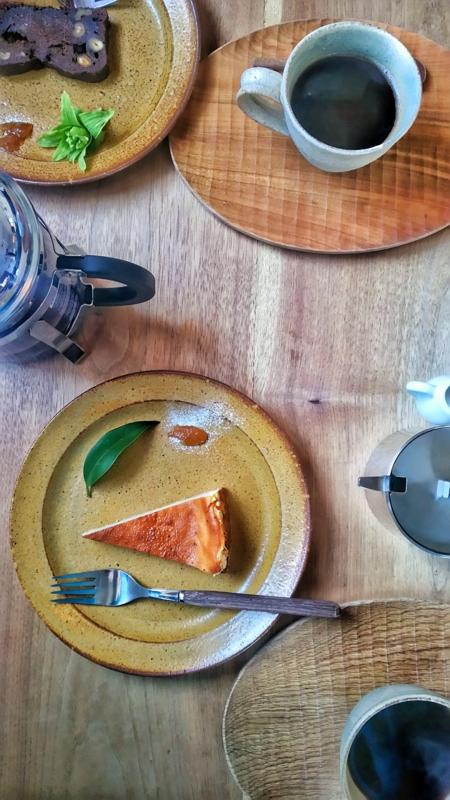 coya-pのケーキとコーヒーのセット