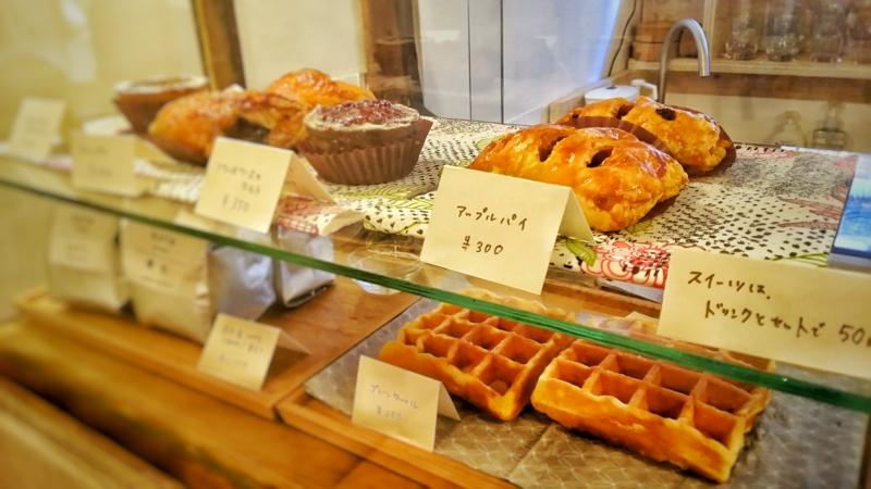 Kocco Cafeのガラスケースのお菓子