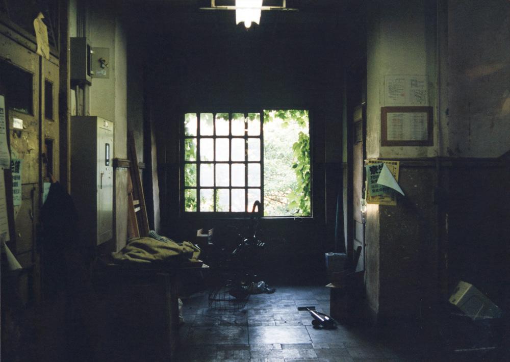 東大駒場寮(「東大駒場寮物語」表紙使用写真)
