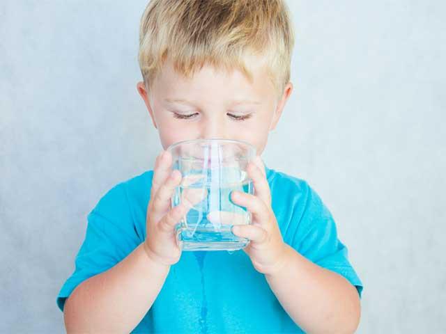 天然水とRO水はどちらがいいの?