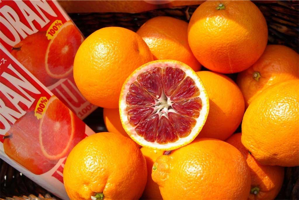 おうち時間を楽しもう!!コストコのブラッドオレンジジュースでおうちカフェ。