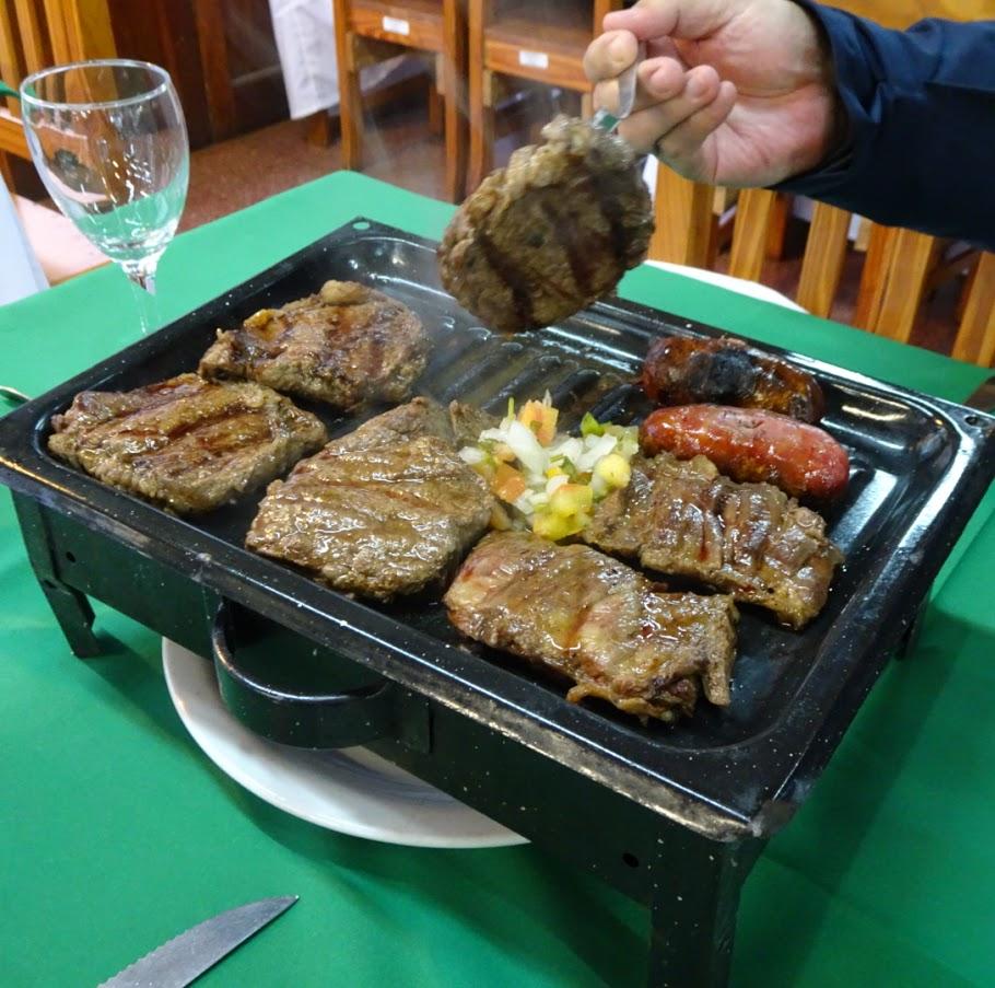 アルゼンチンの牛肉ステーキ。イグアス国立公園