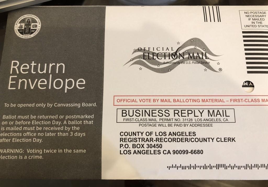 アメリカ投票返送封筒の写真