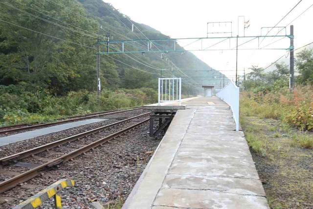 土合駅の上り線ホーム