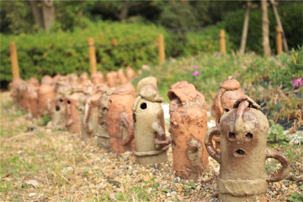大仙古墳の周辺の埴輪