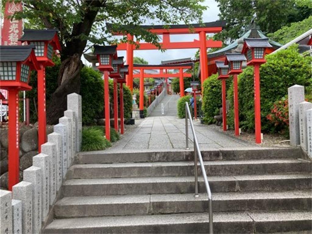 三光稲荷神社の道中