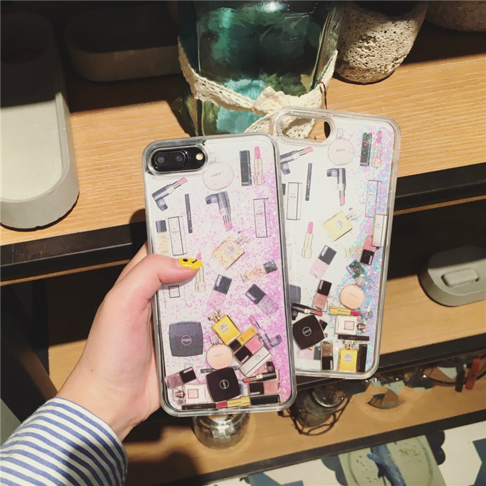 サラサラ流れるiPhoneXIカバーXS/7/9/8スマホケース キラキラ